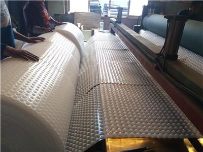 铁路凸壳型排水板