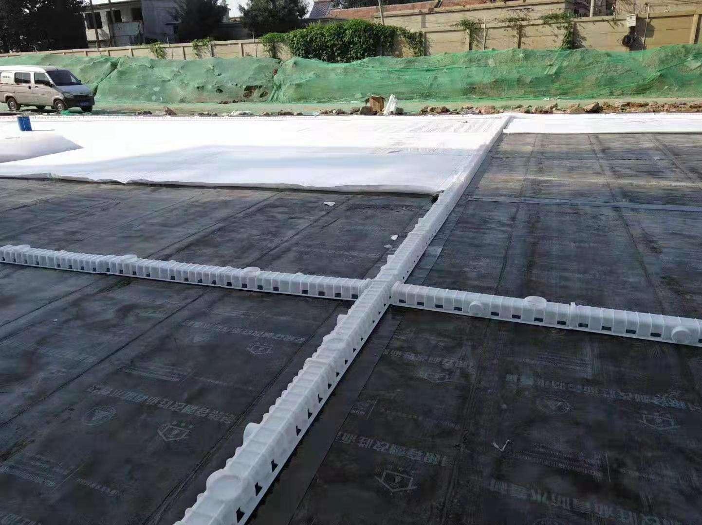 复合土工布排水板